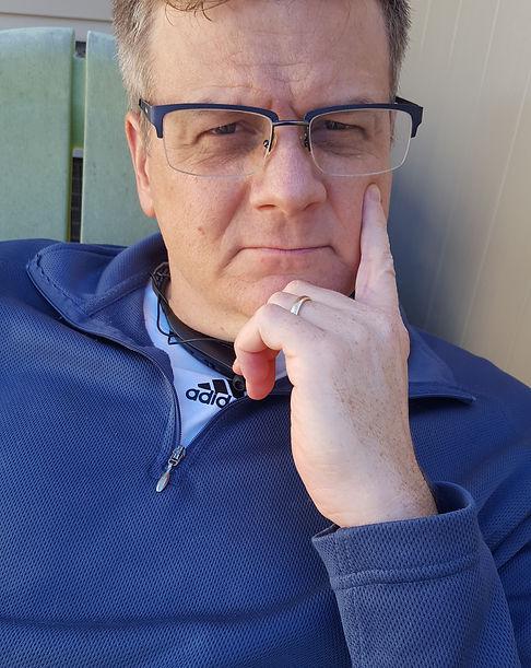 Dan Lyons w glasses.jpg