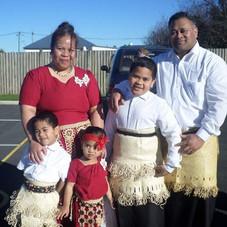 Laino and Elenoa Kaufana family