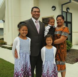Filimoemaka and Losa Kautai family