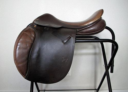 "17.5""W ASC Elan - 2000 model - bridle leather"