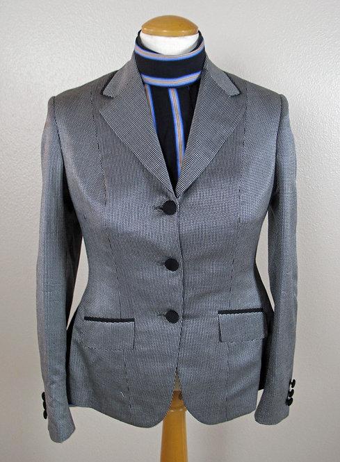 Deregnaucourt Silver Coat - Ladies 4/6 New