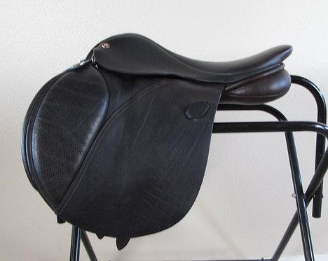 "16.5""W Arabian Saddle Company Elan - 2008 model"