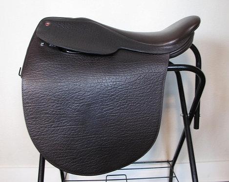 "21""M Arabian Saddle Company Louisville - 2013"