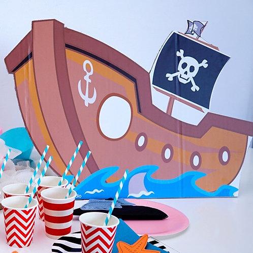 סירת פיראטים לעיצוב השולחן