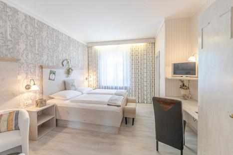 Doppel- Zweibettzimmer