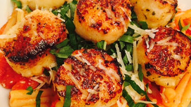 Simple Scallops over Pasta