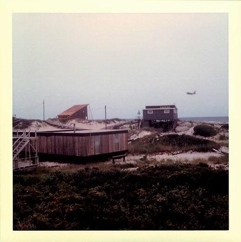 4C_137-Beach-Hill-Walk.-1963_Courtesy FI
