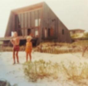 1_142 Ocean_Vintage photo with children_