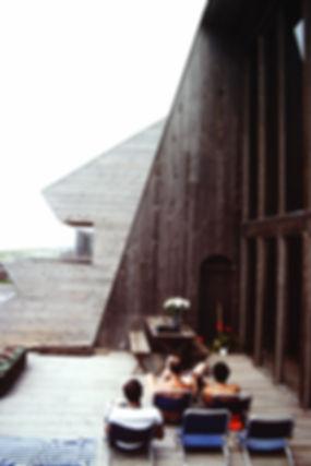 7_TV-House-frimds-1970s-d_FIPHPS.jpg