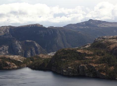 2016. gada 30. aprīlis. Norvēģija. 2. diena. Sniega vētra kalnos!