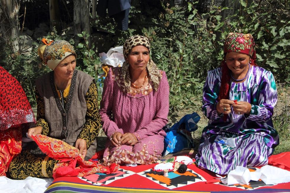 2017. gada 29. jūlijs. Tadžikistāna, Namadguta un Iškašima. Medību festivāls un VIP pusdienas
