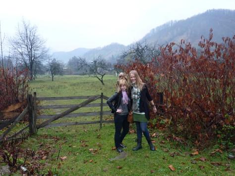 2013. gada 3. novembris. Jauniešu apmaiņa Rumānijā. 8. diena. Kalni miglā un rotaļas ar bērniem