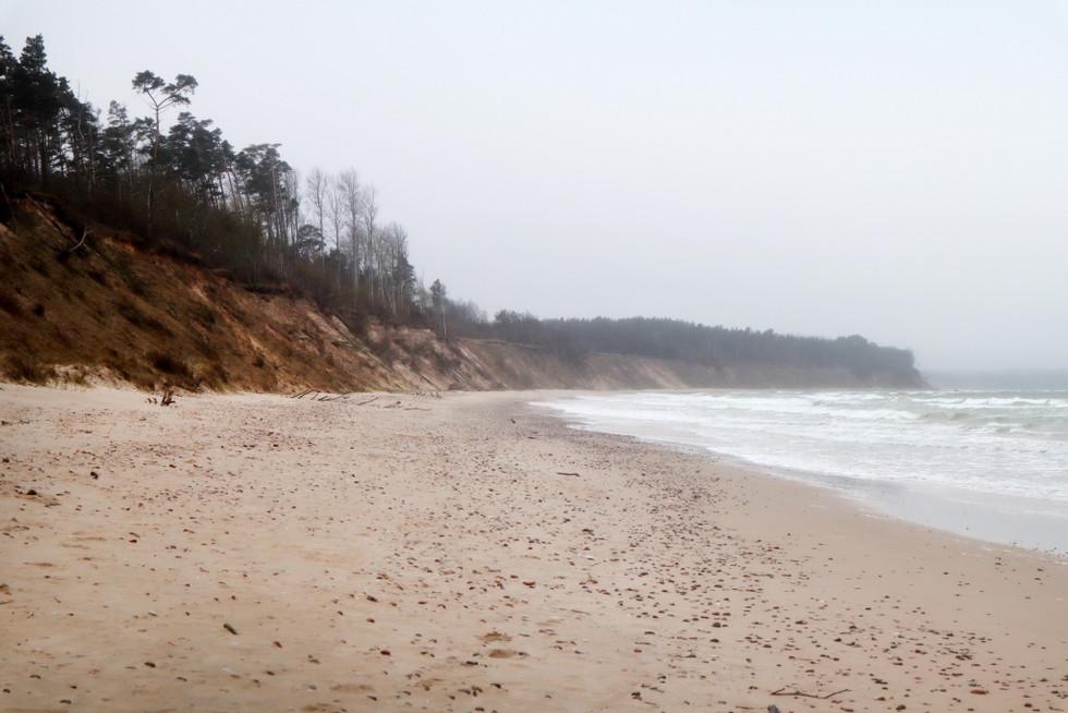 """2021. gada 6. maijs. Jūrkalne - Rīvas upes loki - Šlokenbekas muiža. """"Līvu ceļa"""" trešā diena"""