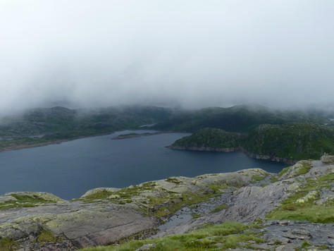 2014. gada 30. jūlijs. Norvēģija. 10. diena. Takas strautos, strauti upēs