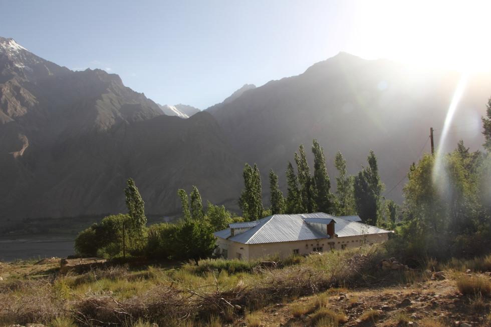 2017. gada 19. jūlijs. Tadžikistāna, Horuga un Avdža. Ierašanās mūsu jaunajās Pamira mājās