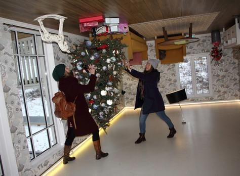 2018. gada 15. decembris. Igaunija, Tartu. Ielēkšana jaunā ciparā kājām gaisā un ar jestriem dančiem