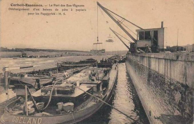 Le port des Bas-Vignons