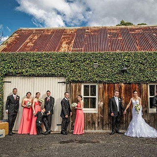 ❤ #barn #historical #stunningviews #wedd