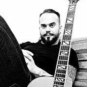(Viol%C3%83%C2%A3o_e_Guitarra)_Fernando_