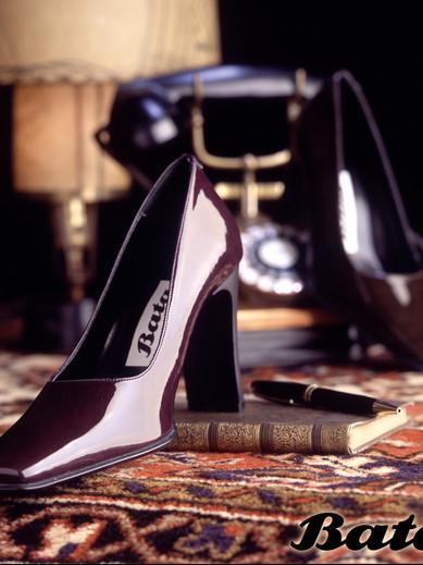 Shoe1-2.jpg