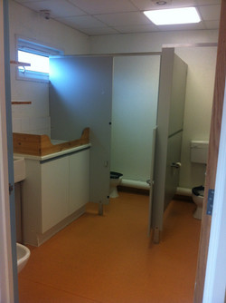 Blue & Yeloow room toilets