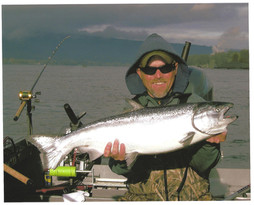 Ron and Jeff on the Cowlitz 002.jpg