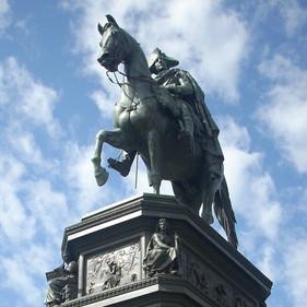 Il monumento a Federico II di Prussia