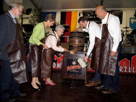Delegation aus Dorking beim Güglinger Maienfest 2012