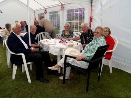 Besuch in unserer Partnerstadt Dorking im Juni 2015
