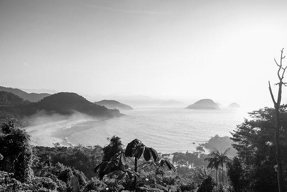 Manhã na Praia do Félix em Preto e Branco