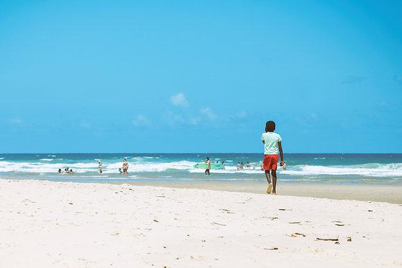 Menino na Praia
