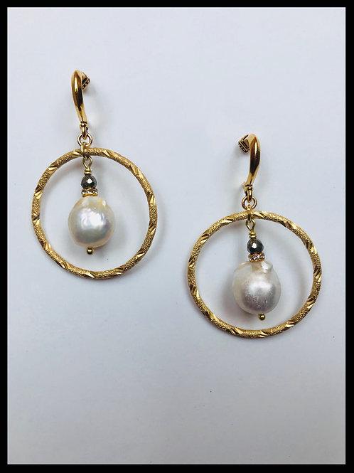 Gold Hoop Earrings with Pearl