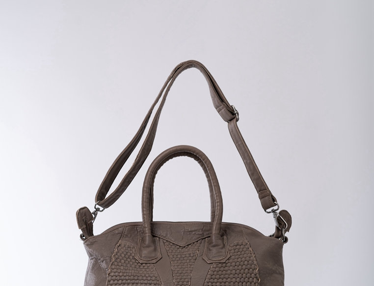 [限時優惠]手工編織設計斜背手挽羊皮包