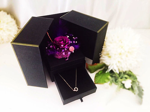 [恒生員工限時優惠] 現貨 - 韓式永生玫瑰花首飾盒 + 玫瑰金鈦鋼頸鏈(紫色)