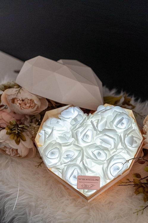 現貨 - 韓式心型閃亮玫瑰花盒(白盒,純潔白光)