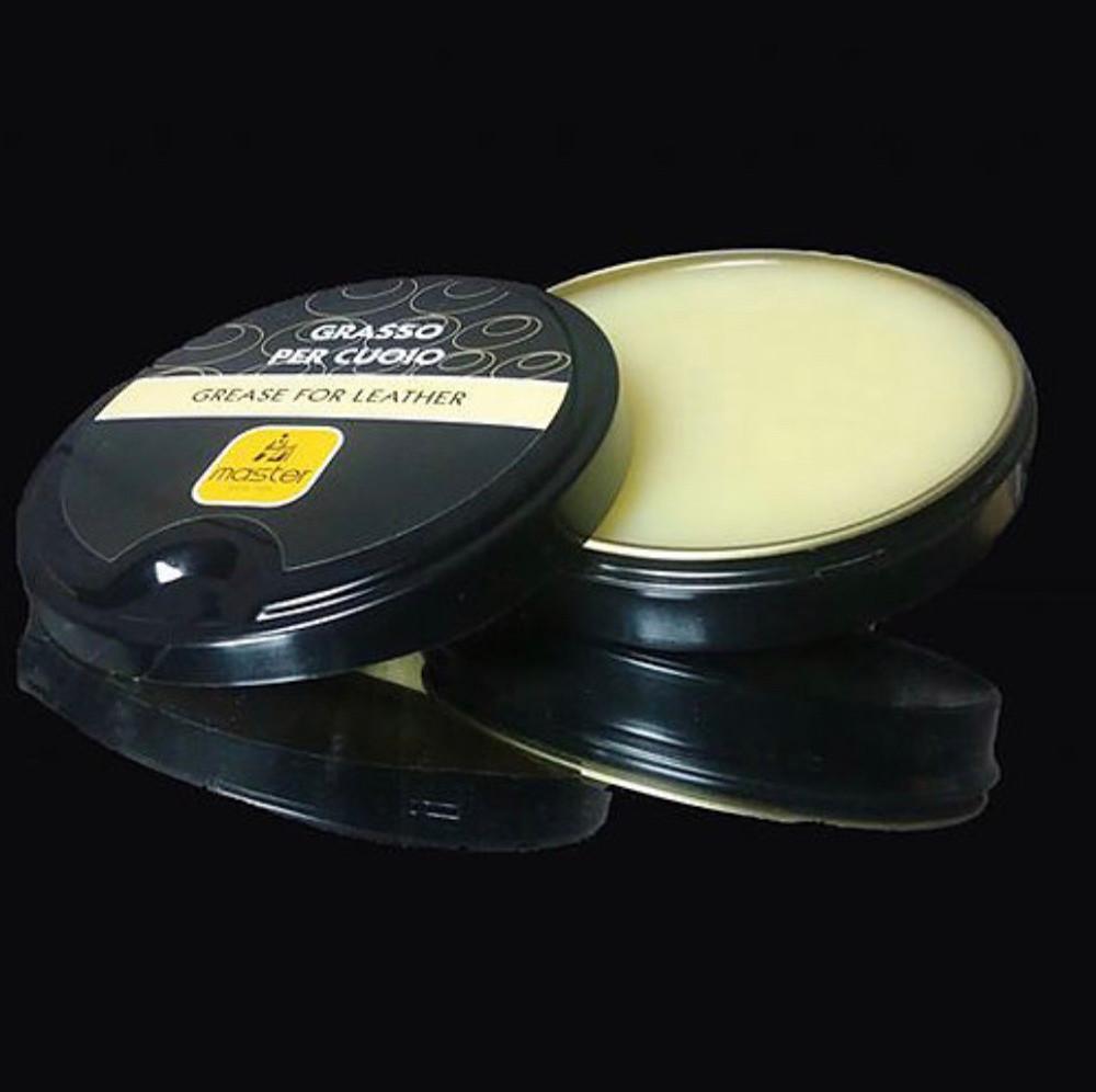 意大利 GRASSO PER CUOIO 皮革護理膏 - 主要用途:滋養、打蠟、柔軟皮革。 適用:各類光面皮革,尤其適用於油皮/真皮類鞋,皮衣等滲透力較差的皮面