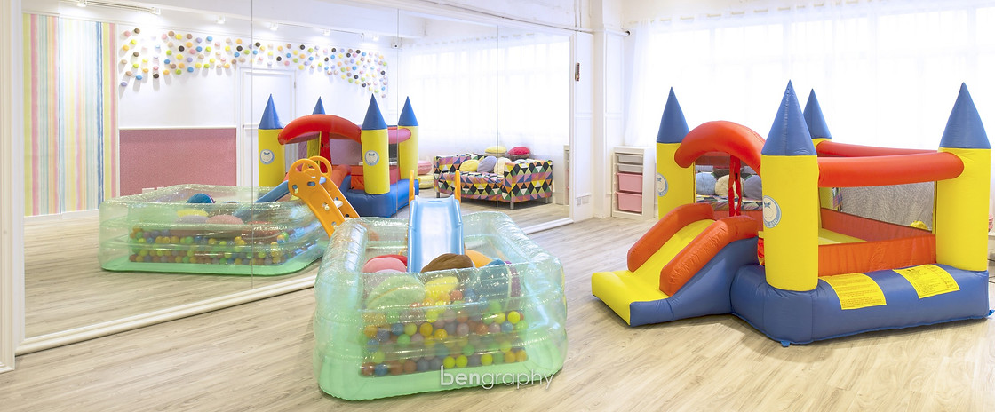 en,toy,play,inflatable,product,recreation