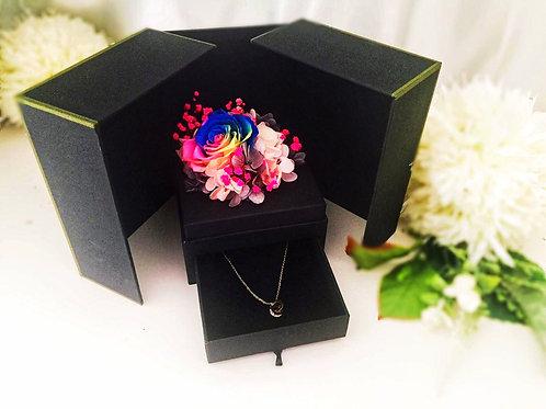 [恒生員工限時優惠] 現貨 - 韓式永生玫瑰花首飾盒 + 玫瑰金鈦鋼頸鏈(彩色)