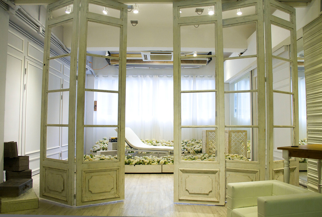 interior design,ceiling,furniture,