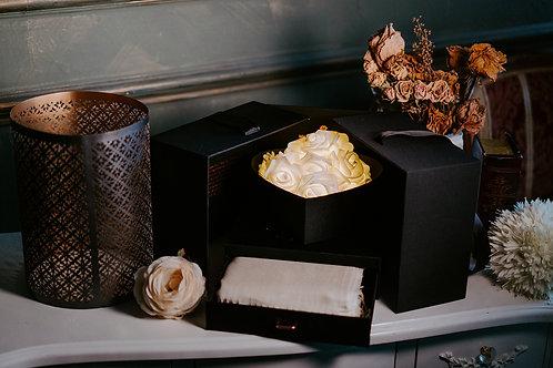 現貨 - 韓式閃亮玫瑰頸巾首飾盒 (香檳金 + 米王色頸巾)