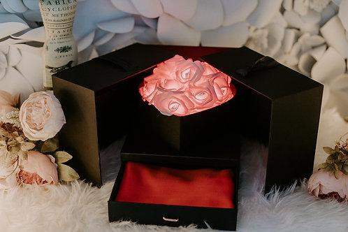 現貨 - 韓式閃亮玫瑰頸巾首飾盒 (熱情紅光 + 紅色頸巾)