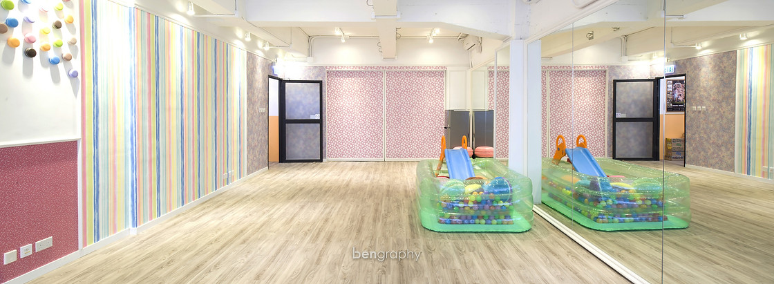 bengrap,room,floor,interior design,flooring,wood flooring