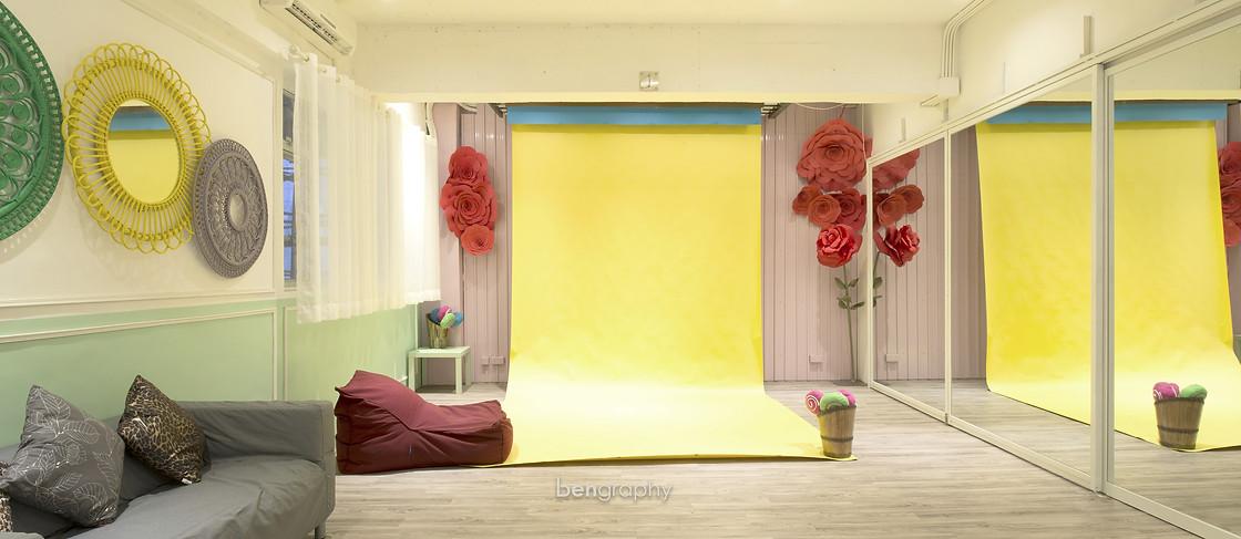 yellow,room,interior design,ceiling,home