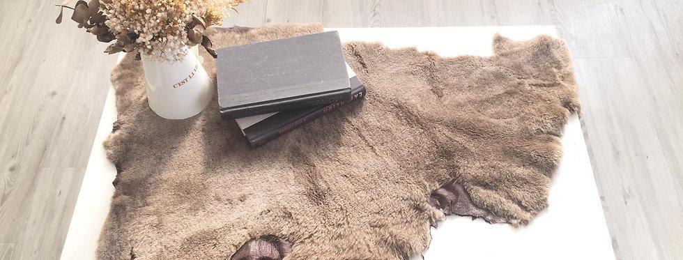 駝色-山羊毛原張皮塊