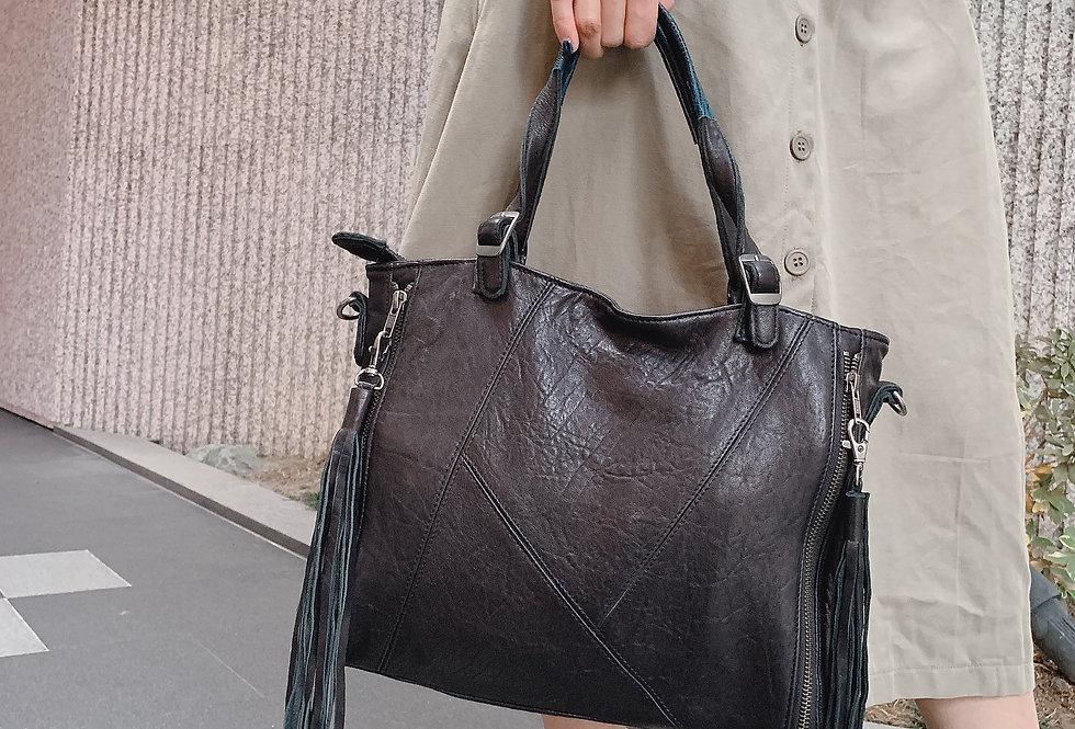 韓式併皮設計斜揹手挽皮包