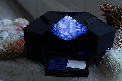 現貨 - 韓式閃亮玫瑰頸巾首飾盒 (秀麗藍光 + 藍色頸巾)