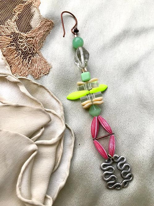 Sea cucumber single party earring