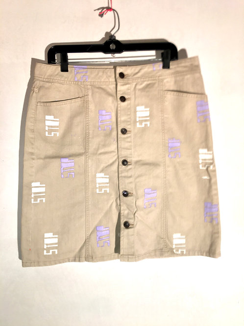 Off white cream skirt 17 in waist old navy 21 1/2 inches Length