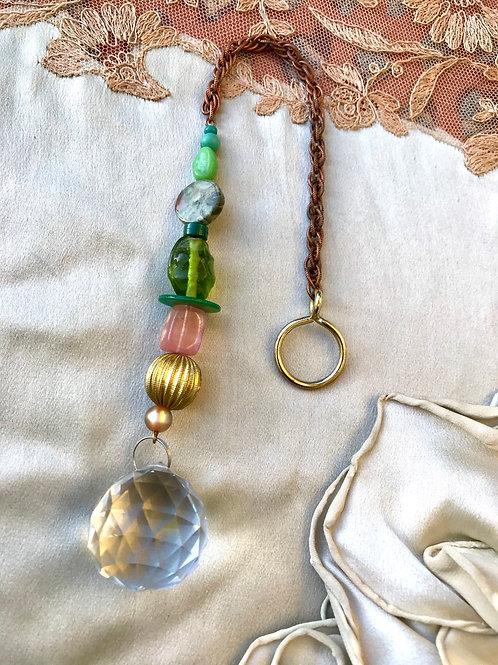 Rainbow maker// seaweed & crystal