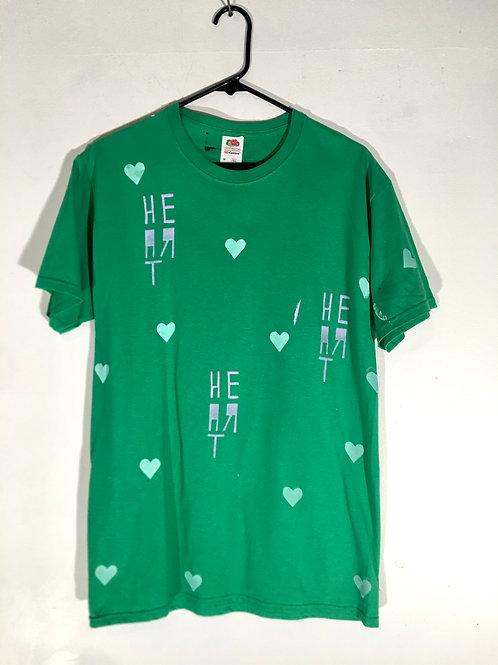 Green heart tee M